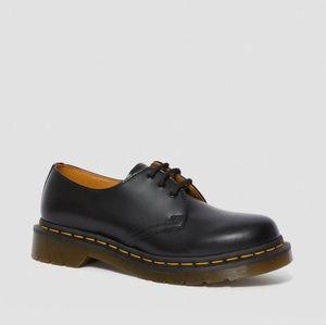 Dr Martens Airwair Shoe